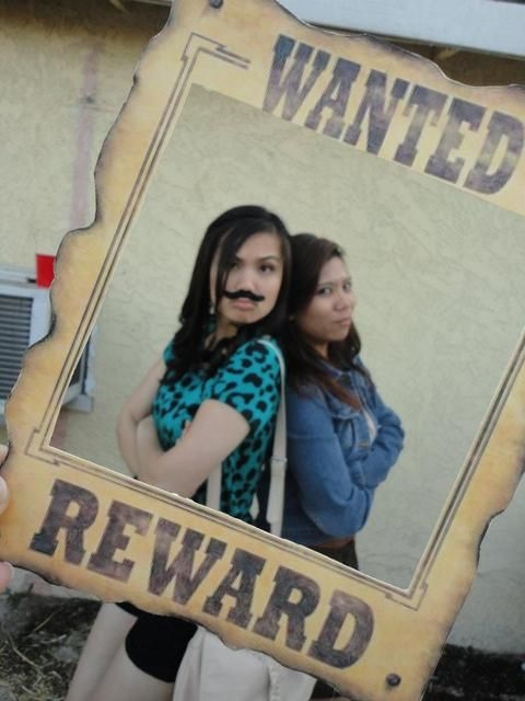 cowboy party, photobooth idea- make it with cardboard/ spray paint and hang it from a tree??... =)