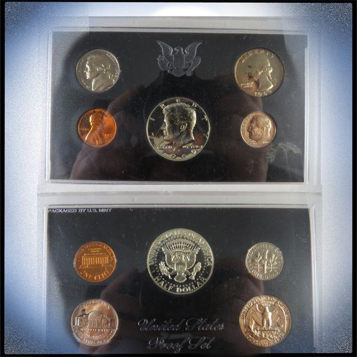 Представляю вашему вниманию замечательный предмет!⠀⠀⠀⠀⠀⠀⠀⠀⠀ ⠀⠀⠀⠀⠀⠀⠀⠀⠀ ✔️✔️✔️Коллекционная Ежегодная серия монет из США номиналом в: 1 цент, 5 центов, 10 центов 25 центов и половину доллара.   ⠀⠀⠀⠀⠀⠀⠀⠀⠀ ✔️✔️✔️Год выпуска: 1969  ⠀⠀⠀⠀⠀⠀⠀⠀⠀ ✔️✔️✔️Стоимость:590 руб  ⠀⠀⠀⠀⠀⠀⠀⠀⠀ ✔️✔️✔️В отличном состоянии!!! (см.состояние на фото).  ⠀⠀⠀⠀⠀⠀⠀⠀⠀ ✔️✔️✔️Замечательный подарок! И приобретение в коллекцию.⠀⠀⠀⠀⠀⠀⠀⠀⠀ ⠀⠀⠀⠀⠀⠀⠀⠀⠀ #стильныйподарок #монеты #50центов#полдоллара #1цент #5центов #10центов…