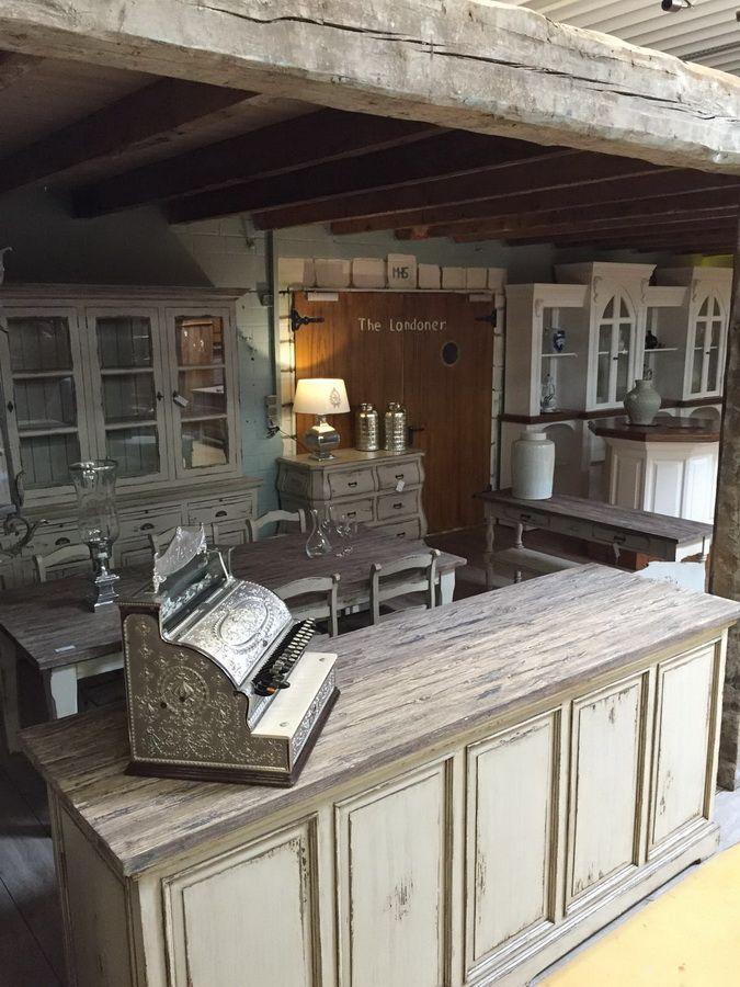 Impressionen aus dem nostalgiepalast nordhorn ladeneinrichtung ladentisch tresen theke ladenregal