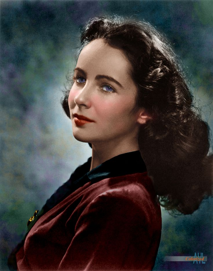 https://flic.kr/p/22tUVf1 | Young Elizabeth Taylor | Colorized from a photo by Yousuf Karsh ca mid 1940s