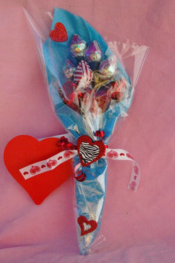 Valentine candy bouquet with hershey 39 s kisses crafts for Valentine candy crafts ideas