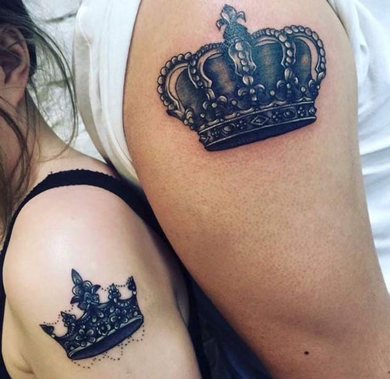 Here we have a beautiful pair of matching king and queen crowns done completely in black ink.: