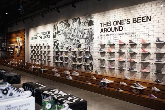 Con Ver Se Converse Showroom And Shoe Store Design