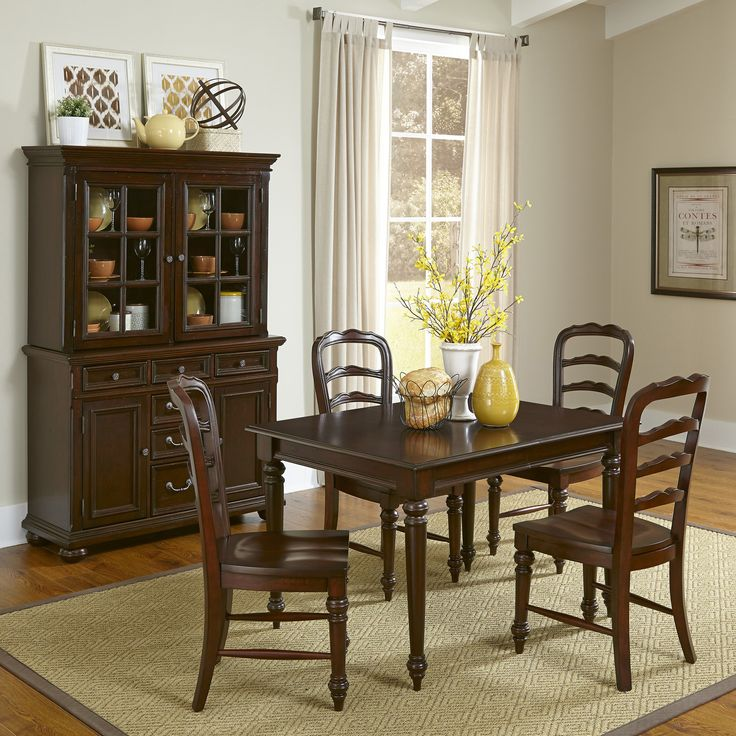 colonial classic  piece dining set: seven piece dining set