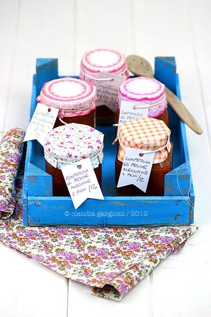 confettura di pesche, albicocche e fichi, via http://ilgattogoloso.blogspot.it/2012/09/confettura-di-pesche-albicocche-e-fichi.html