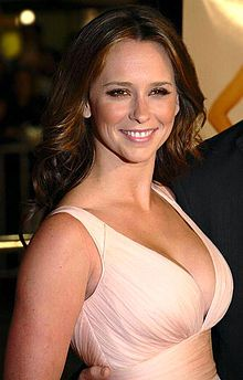 Jennifer Love Hewitt  Born February 21, 1979 (age 36) Waco, Texas, United States Occupation 	Actress, television producer, author, television director, singer