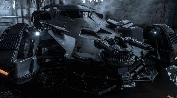 Cliché officiel de la batmobile pour Batman v Superman : Dawn of Justice