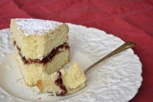 Nanny's Victoria Sponge - Three Many Cooks