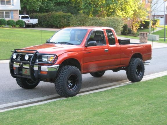 Daddy this is all I want.. A little Tacoma, with a little brush guard, some little KC lights, and a little Alabama tag :( Please?! It don't even have to be new!! Oh yeah.. & not that color.