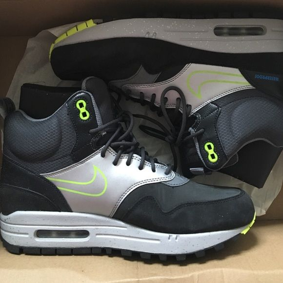 Womens Air Max Sneaker Boot Fresh still in the original box. Literally worn once for like an hour. Waterproof, and comfortable! Retail price is $150. Nike Shoes Sneakers