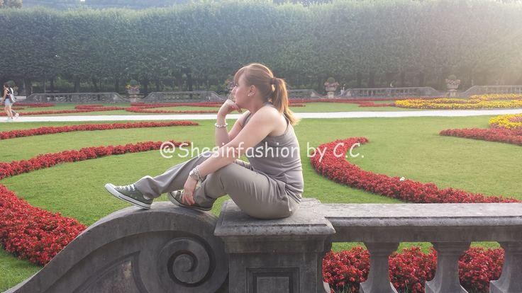 Mirabell Garden: travel OOTD
