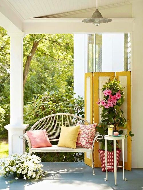 Heir and Space: Decorating with Vintage Folding Screens