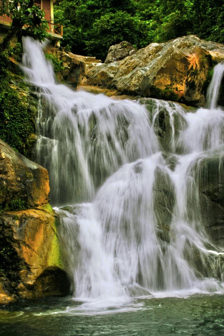 Waterfall in Lhoong, Aceh Besar|