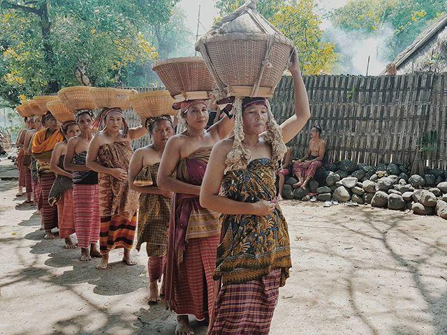 Bisok beras (cuci beras) tradisi adat sasak khususnya masyarakat bayan lombok utara