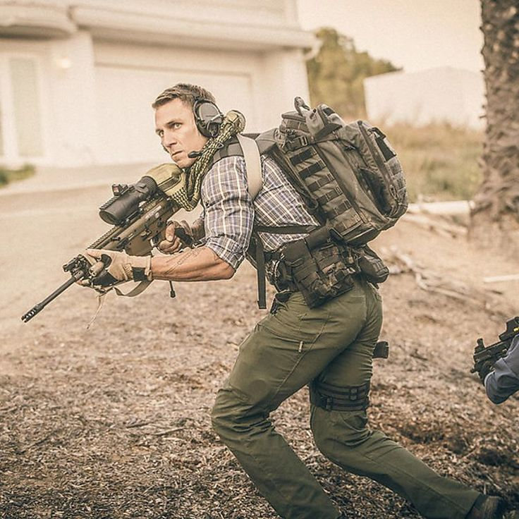 The 5.11 APEX pant was designed with feedback by professionals in the field that wanted a low profile pant that had the tactical features you've come to expect from #511tactical . Hidden pockets for E&E kits, flex cuffs and extra storage for mags and other mission critical gear. #ghostrecon #ghostreconwildlands #issprops