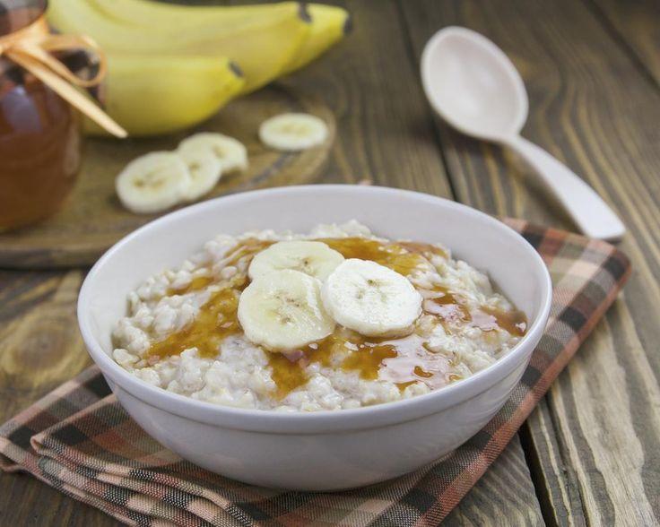 Mic dejun rapid: porridge de ovaz cu banane - Andreea Raicu