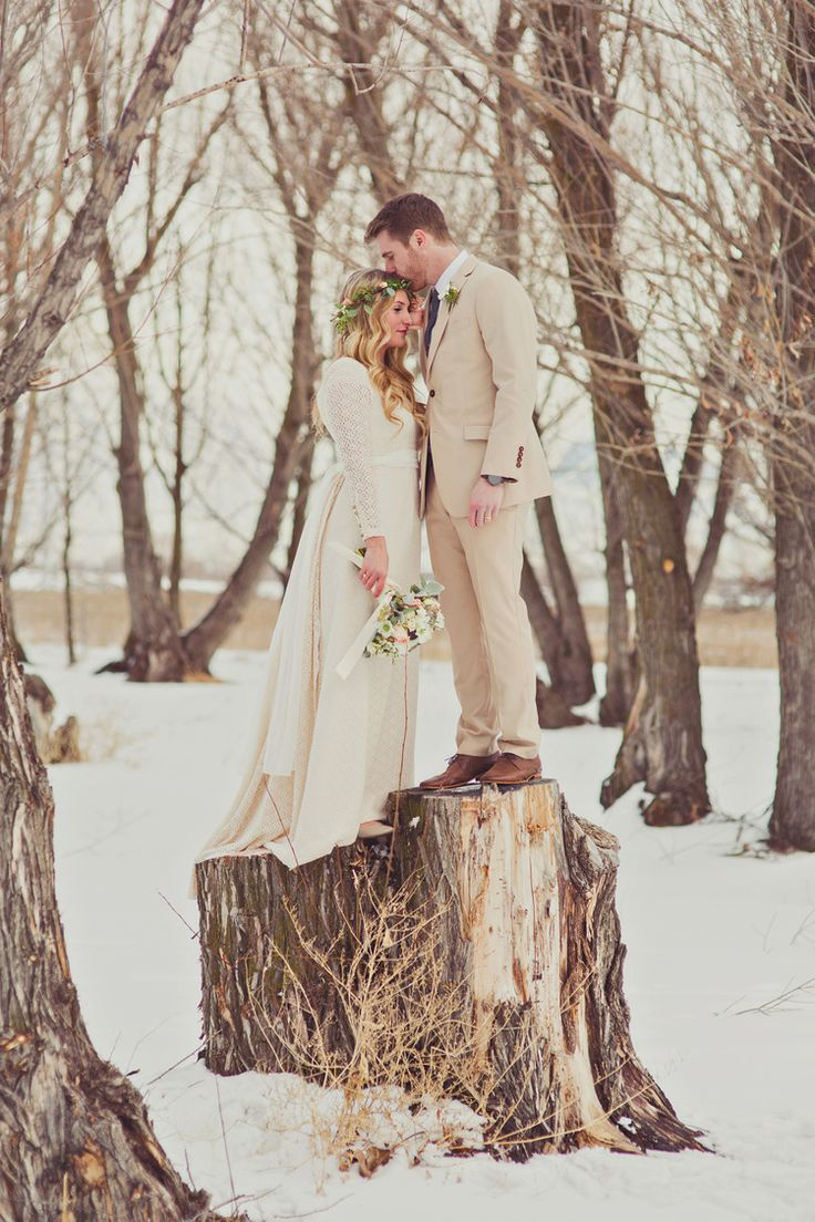 Winter bridal photography. Stephanie Sunderland Photography.