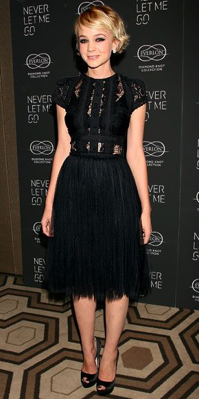 Black Lace Shirt  Carey Mulligan - Look of the Day - InStyle