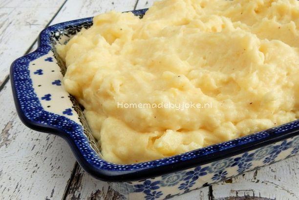 Zelfgemaakte romige aardappelpuree