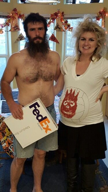Pregnant couple costume for Halloween. Castaway.