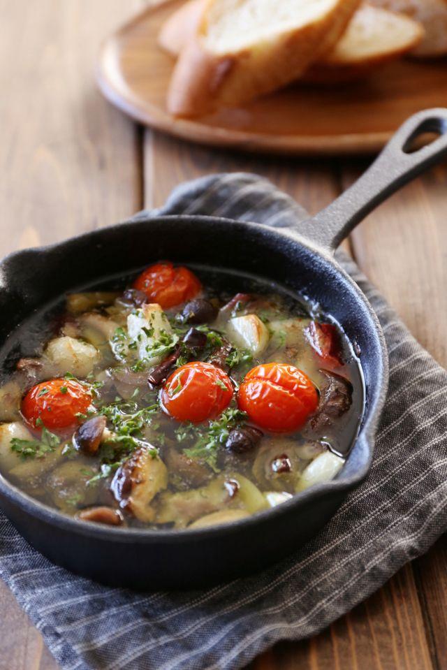 一人暮らしで自炊をするなら小さい(15cm)のスキレットが大活躍!毎日使いたくなる美味しいひとりごはんのレシピをご紹介します。