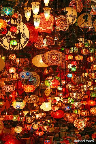 Grand Bazaar - Istanbul, Turkey #light #lanterns