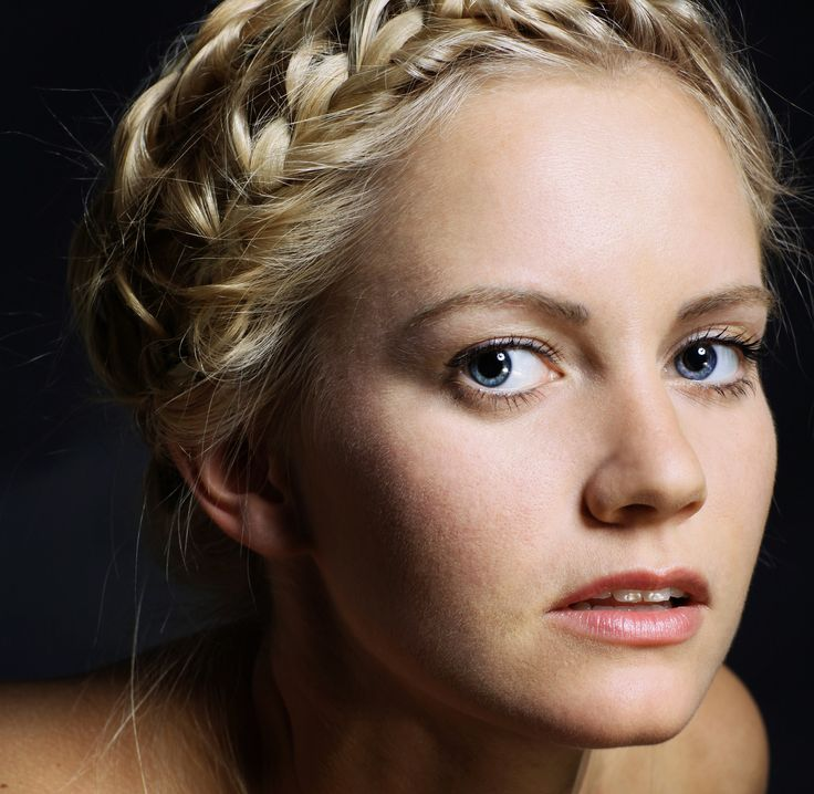 """L'Oréal Paris Celebrity Hair Stylist, Mara Roszak once told us """"people are always impressed by braids,"""" a tip we took to heart. We'll be practicing our plaits until this intricately woven headband is perfect. One thing to remember: Braids are easier to manage with day-old hair. If you have a fresh blow out, afirm hold hairspraywill add just the right amount of grit. via StyleList"""
