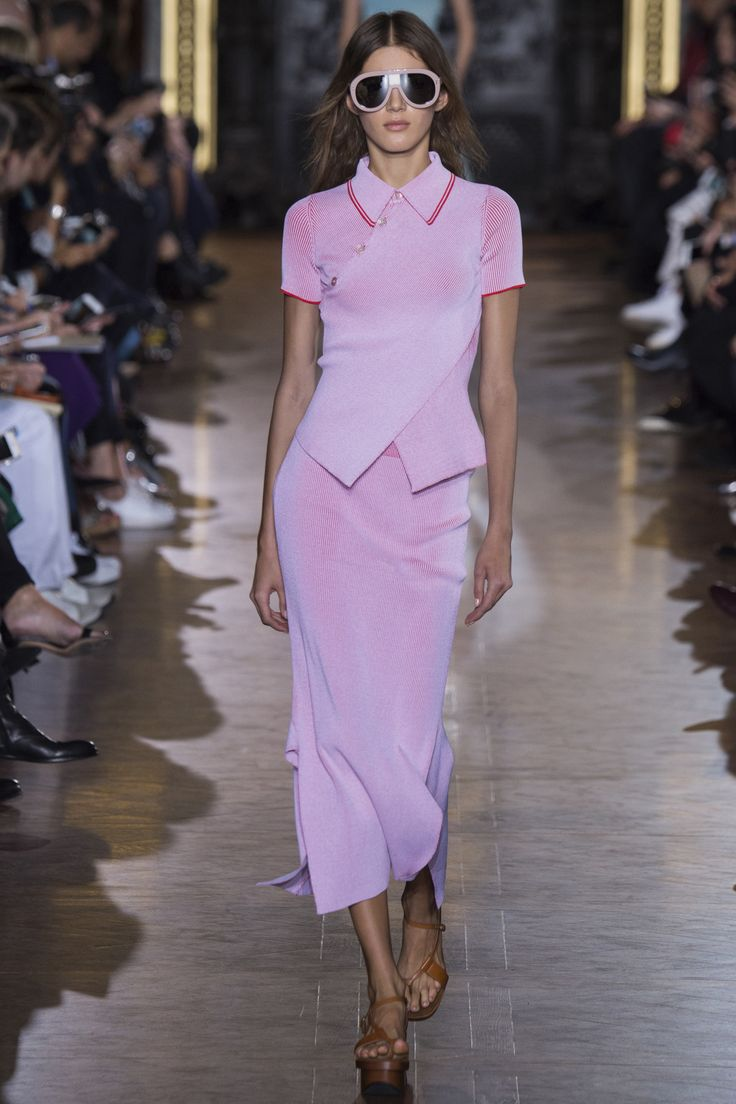 Stella McCartney Spring 2016 Ready-to-Wear Collection Photos - Vogue