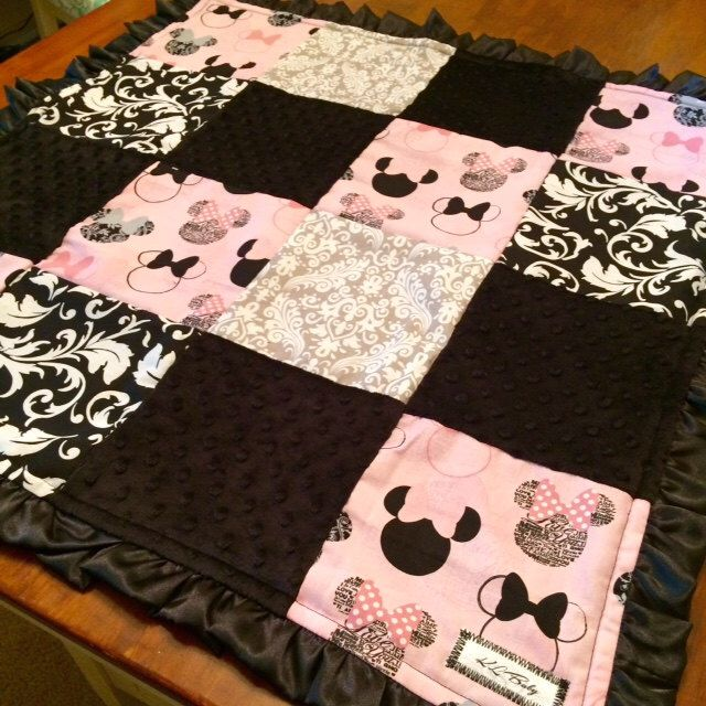 Minnie Mouse Pink and Black Baby Blanket READY TO SHIP by KLBaby on Etsy https://www.etsy.com/listing/244022080/minnie-mouse-pink-and-black-baby-blanket