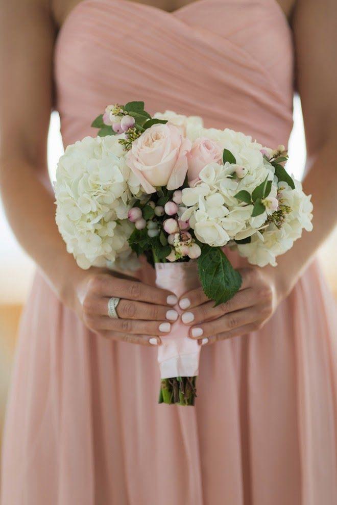 Cream and Blush Wedding Bouquet ~ Jamie Ivins Photography | bellethemagazine.com