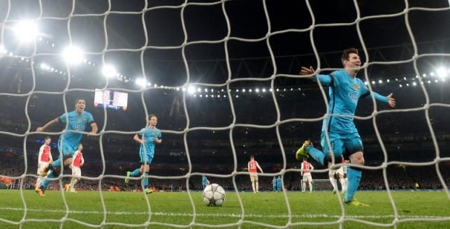 February 24 2016 - Messi's late double against Arsenal puts Barcelona in a strong position in the UCL