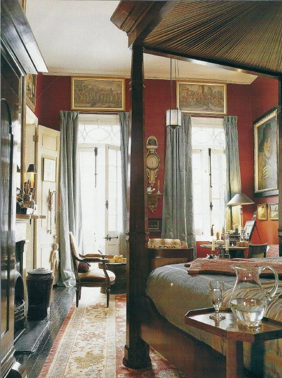 Bedroom. Gerald Pierce, French Quarter, New Orleans, Louisiana.  Image via Southern Accents, December, 2002.
