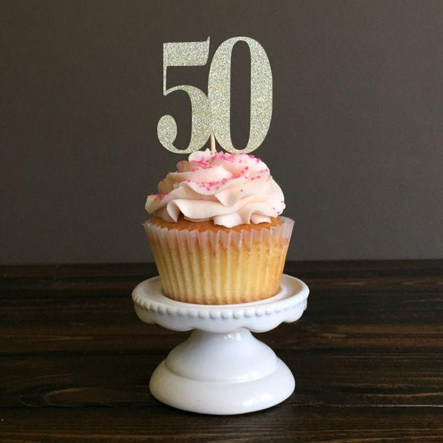Cake Decoration J D O O : Oltre 25 fantastiche idee su Decorazione della torta di ...