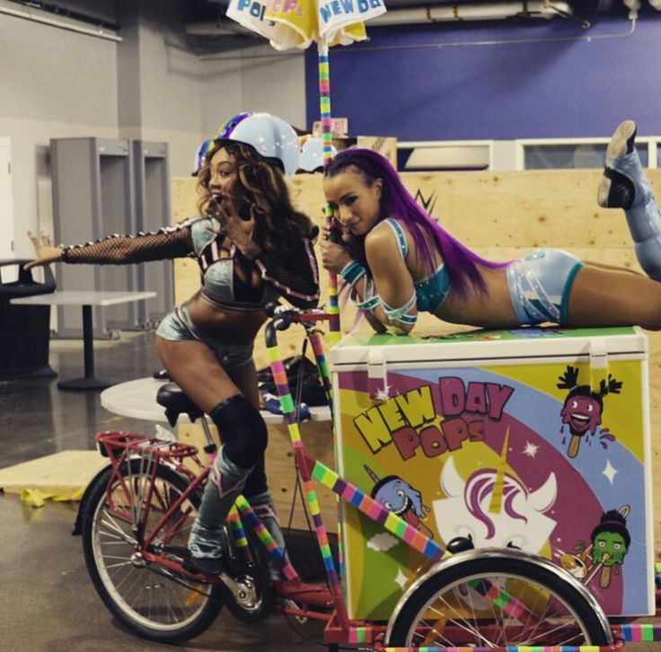 Sasha Banks & Alicia Fox