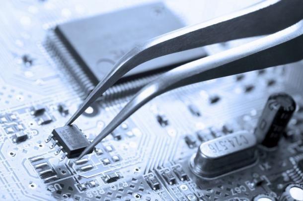 monteur électrique/électronique