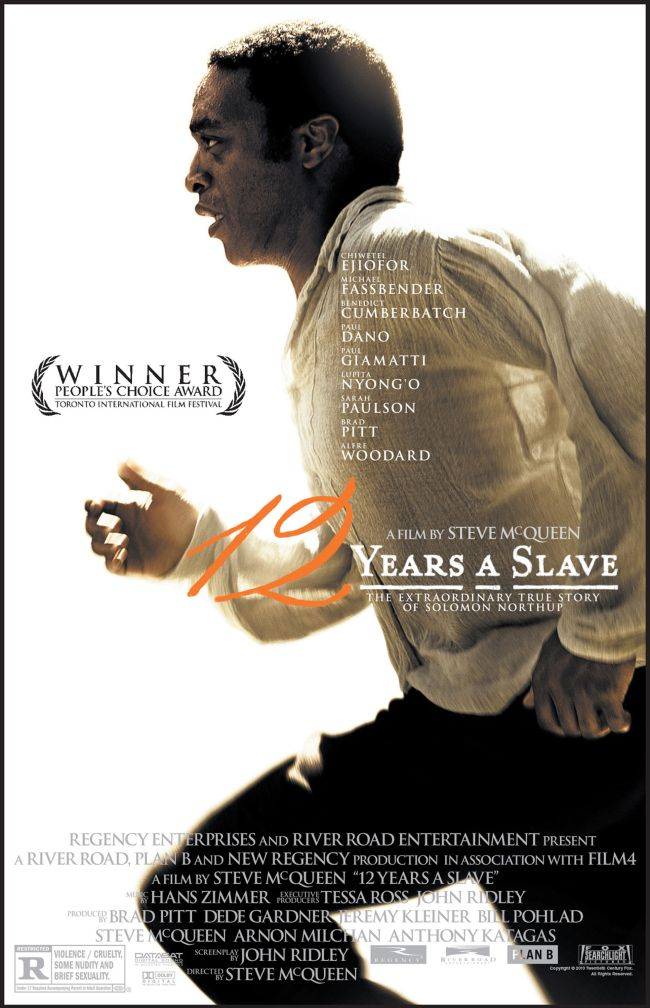 12 anos de Escravidão: um dos filmes bem medianos de um Oscar bem mediano. Há muitos filmes melhores que falam sobre a escravidão norte-americana, mas é o melhor momento para homenagear um filme do tipo: presidente negro, primeiro diretor negro a ganhar o Oscar por um filme que fala sobre escravos (que ainda é um assunto tabu por lá [e aqui também, mas não vem ao caso]). Steve McQueen, o diretor, já fez obras melhores, como Shame. Oscar merecido: Melhor Atriz Coadjuvante (mais que merecido)