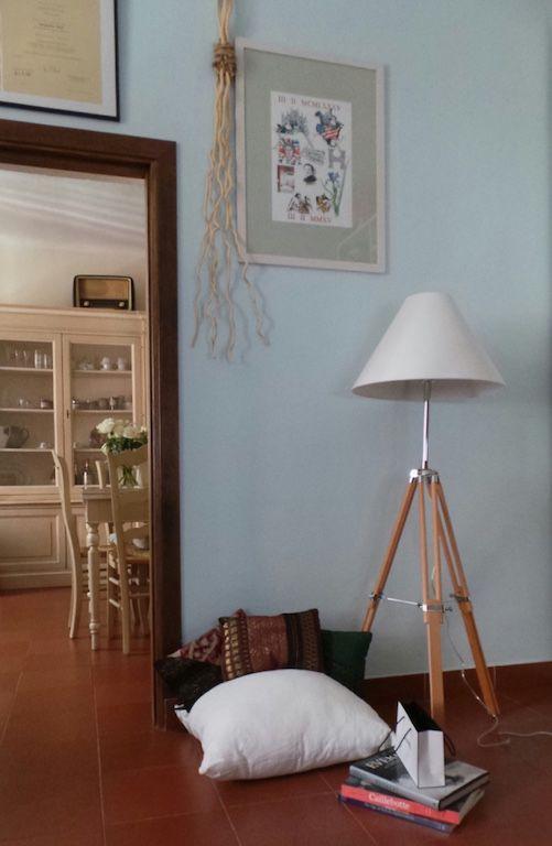 COME CREARE UN ANGOLO LETTURA IN CASA?  http://www.modaacolazione.com/30879/come-creare-un-angolo-lettura-in-casa/