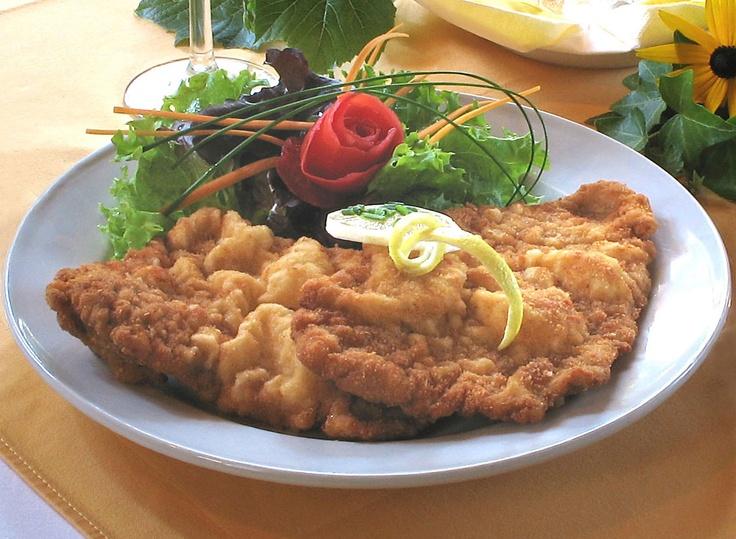 Wiener Schnitzel = Austria