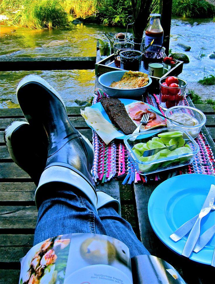 """Rain or shine...life is a picnic"""