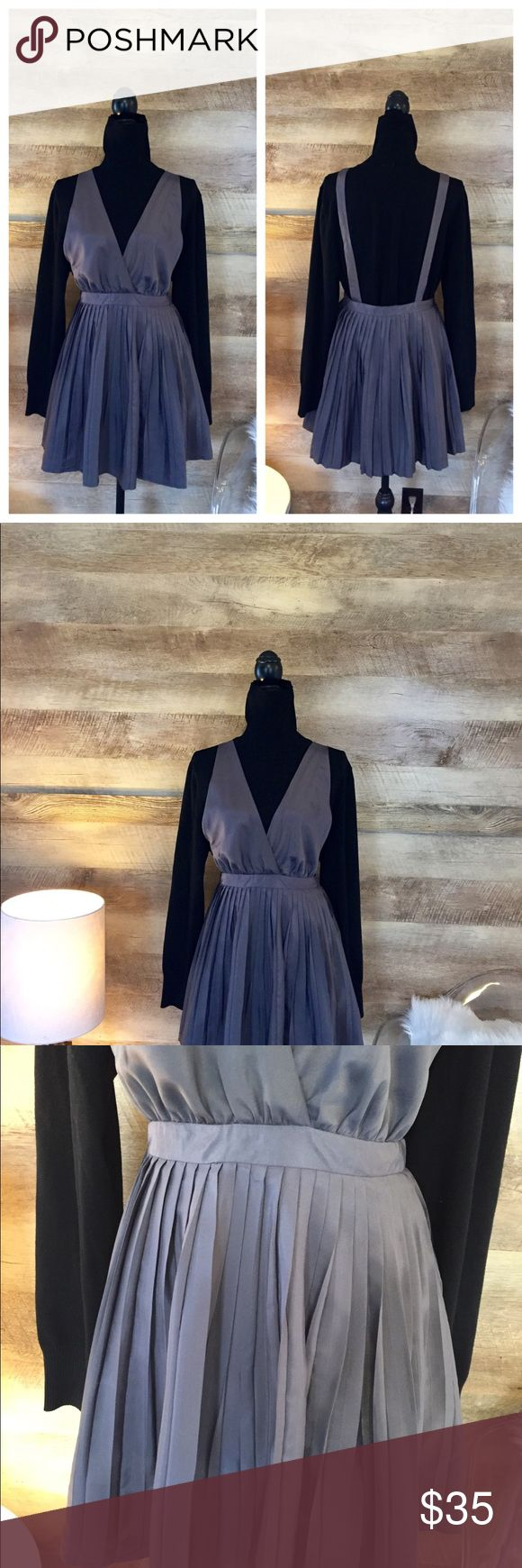Pleated Silver Jumper Dress Size large. Silver. Pleated. Cute with turtleneck. Mini. Dresses Mini