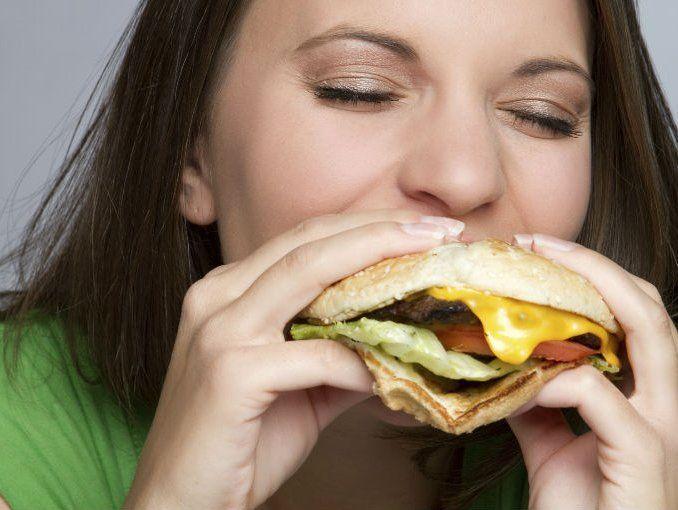 ¿Sabías que puedes comerte esto sin remordimiento alguno? Conoce el secreto de la ''Comida trampa''
