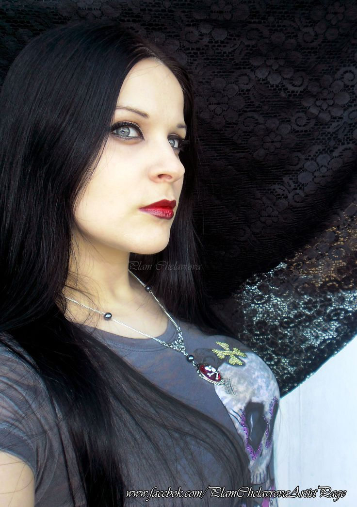 Amazing necklace by Poison Kiss  https://www.facebook.com/P.Kiss.Shop Model: Plam Chelavrova https://www.facebook.com/PlamChelavrovaArtistPage  #poisonkiss #plamchelavrovaartistpage