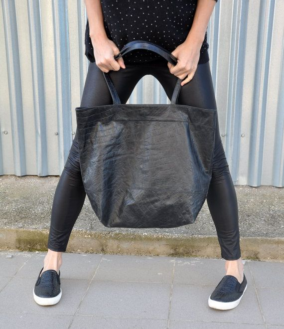 SALES: Black leather handmade tote by byCACHE on Etsy
