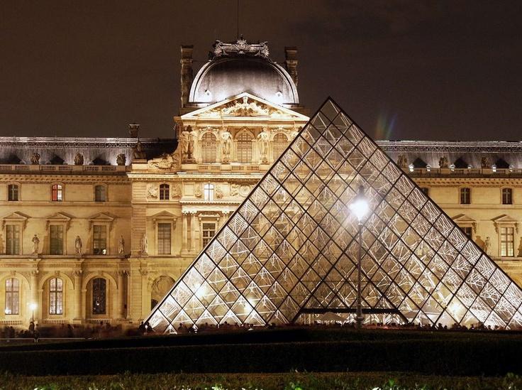 Pyramid at Louvre: The Louvre, Bucketlist, Buckets Lists, Favorite Places, Mona Lisa, Museums, Paris France, Le Louvre, Louvre Paris