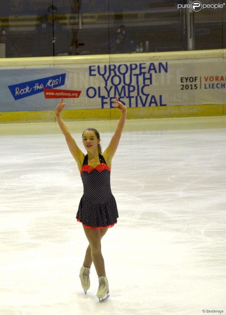 Exclusif - La princesse Alexandra de Hanovre, passionnée de patinage artistique et scolarisée en...