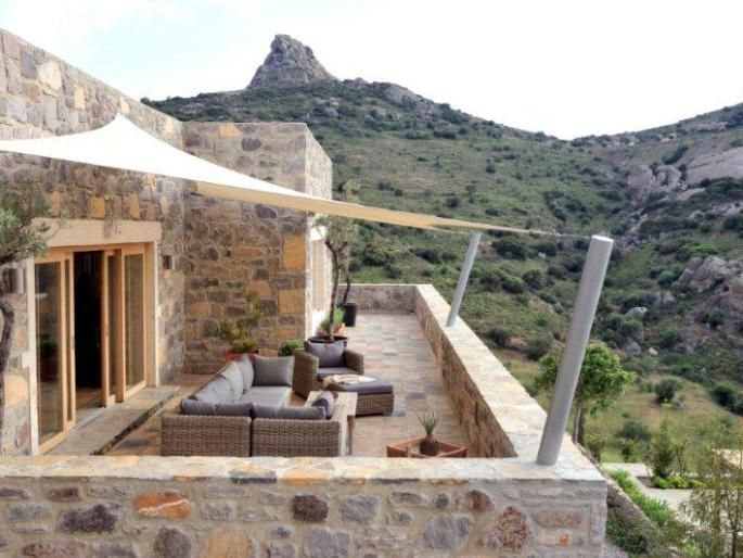 Exceptional stone villa with panoramic sea views