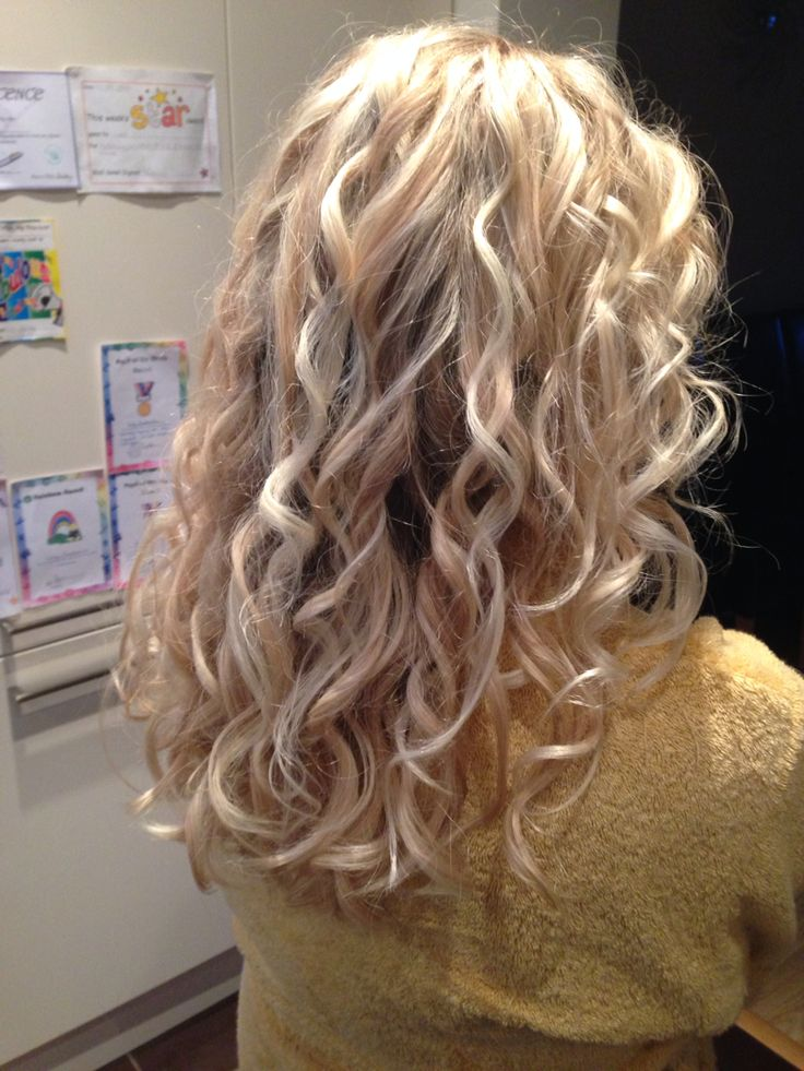 Blonde mix and curls with my babyliss perfect curl