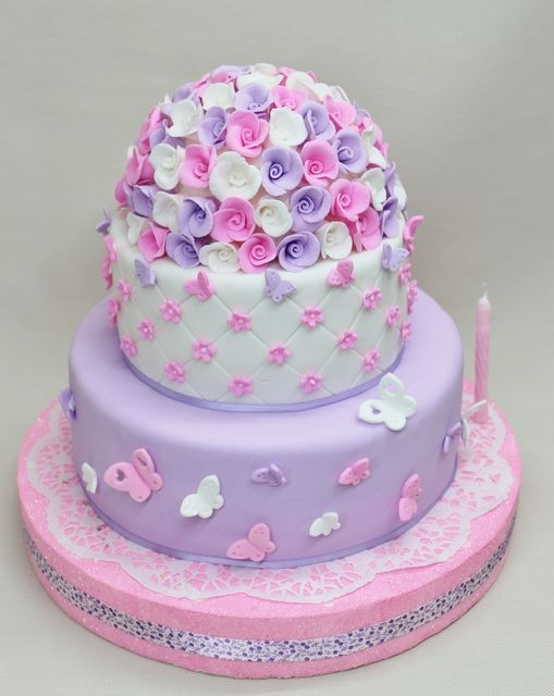 Such a gorgeous cake at a Butterfly party! See more party ideas at CatchMyParty.com!