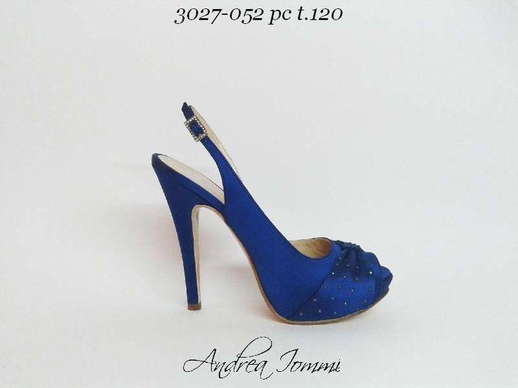 Scarpe da sposa colorate www.andreaiommi.it #shoes #wedding #satin #scarpeblu #fashion #bridal #scarpe #sposa #cerimonia #online #shoelove #shoeobsession #shoeporn #instashoes #shoeblog #tacchietacchi #heels #fashion #fashionblogger