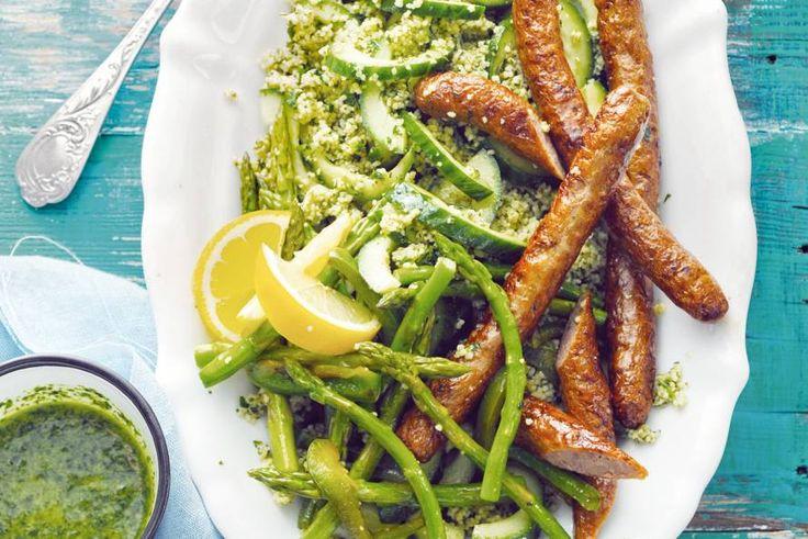 Kijk wat een lekker recept ik heb gevonden op Allerhande! Lamsworstjes met salsa verde en groene couscous